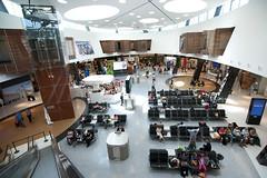 Aeroporto de Lisboa inaugura nova rea comercial (ANA Aeroportos de Portugal) Tags: travel airport lisboa lisbon starbucks fnac viajar victoriasecrets airportshopping lisbonairport aeroportodelisboa anaaeroportos aeroportosdeportugal anaaeroportosdeportugal novaareaderetalho