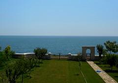 a quite day at sea - Black Sea (Laura Precupanu) Tags: sea 2 summer black green catchycolors garden mai romania limestone