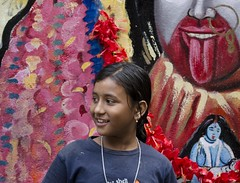 D7K 5197 ep (Eric.Parker) Tags: india kids mural garland hibiscus badminton kolkata bengal wallpainting calcutta 2012 kalighat kalitemple