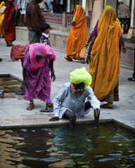 Neon Pilgrim Washing Feet (William J H Leonard) Tags: portrait india building pool architecture buildings asian temple asia neon candid indian hindu hinduism jaipur rajasthan hindutemple monkeytemple southasia southasian rajasthani indianarchitecture hindus candidportraiture galtajitemple