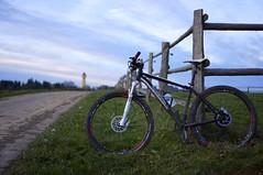 DSC07509 (picturesfrommars) Tags: bike canyon mtb yellowstone zaun wasserturm kirchberg sel35f18 al69 nex5n