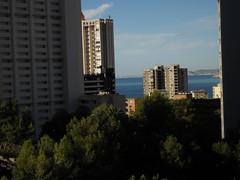 Fabulosas vistas al mar, muy soleado. Infórmese sin compromiso en su agencia inmobiliaria Asegil. www.inmobiliariabenidorm.com