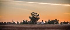 Abandoned Hut (Spanrz) Tags: sunset abandoned ruins farm australia hut newsouthwales deniliquin