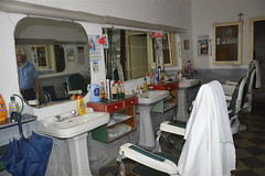 Barbiere in Tusa (costagar51) Tags: tusa messina sicily sicilia italy italia mestieri anticando regionalgeographicsicilia flickrsicilia contactgroups