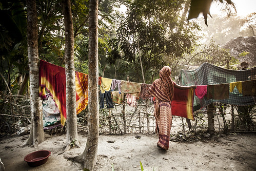 Hanging laundry on clothesline in Khulna, Bangladesh. Photo by Felix Clay/Duckrabbit.