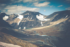Tarfala Valley (c_c_clason) Tags: leica landscape sweden glacier arctic summicron valley m8 40mm summicronc tarfala leicam8 tarfalaresearchstation