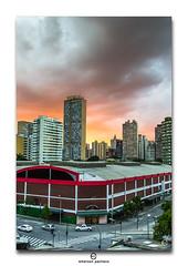 (Emerson Pacheco) Tags: cidade minasgerais minas laranja cu mg prdosol carros nuvens belohorizonte rua fimdetarde mercadocentral emersonpacheco