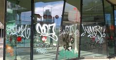 Contaminazioni5 (photoalfiero) Tags: streetart colors graffiti mirror tag streetphotography colori riflessi trasparenze contaminazioni lestradeparlanoimuriurlano