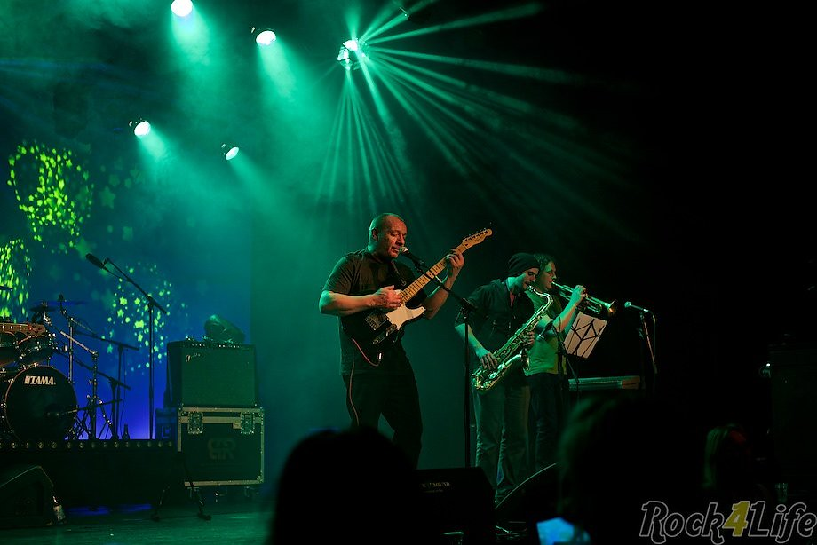 Rock4life-homegrown-ub40-tribute-055