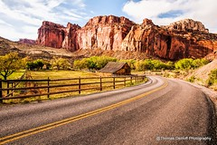 Gifford Barn Capital Reef National Park (Thomas DeHoff) Tags: red barn utah rocks market sony national reef captial a700