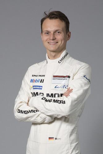 Пилот команды Porsche Racing Марк Либ