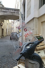 IMG_4643 (Mud Boy) Tags: italy rome roma southerneurope caputmundi theeternalcity romaaeterna capitaloftheworld romacapitale romeitaly'scapitalisasprawlingcosmopolitancitywithnearly3000yearsofgloballyinfluentialartarchitectureandcultureondisplay romeˈroʊmrohmitalianromaˈroːmalistenlatinrōmaisacityandspecialcomunenamedromacapitaleinitalyromeisthecapitalofitalyandofthelazioregion