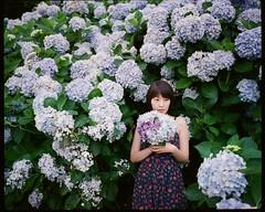 (jasoncremephotography) Tags: flowers 120 film girl analog mediumformat kodak analogue portra plaubel makina filmphotography plaubelmakina filmphoto w67 plaubelmakinaw67