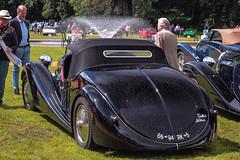 Talbot Lago's perfect curves (NaPCo74) Tags: de lago switzerland suisse geneva geneve 4 chateau concours bugatti genve talbot roadster elegance coppet paulin lgance litres lagot pourtout 90020