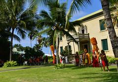 DSC_2329psem (sunnaquair) Tags: horse holiday hawaii drive king ride palace parade hawaiian offering bigisland kona headdress alii polynesian kamekameha
