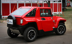 Hmmm?  Mini Me Hummer?   MEV HUMMER HX (coconv) Tags: pictures auto old red classic cars me car vintage photo automobile image photos antique picture mini images vehicles photographs photograph vehicle hmmm autos collectible wtf collectors hummer hx automobiles mev blart