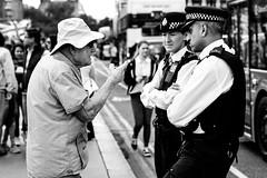 Now listen 'ere (David_____G) Tags: london police fujifilm pointing plod xt1