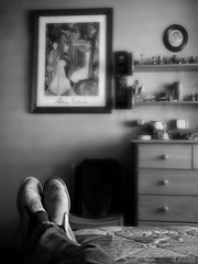 Un leve descanso (Franco DAlbao) Tags: bw feet bed room bn tired views pies rest vistas cama habitacin cansado descanso dalbao francodalbao microsoftlumia