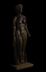 My Father's Art (Bill Gracey) Tags: art statue blackbackground nude father shapes softbox woodcarving contours filllight directionallight offcameraflash yongnuorf603n yn560iii