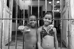 Todo OK! (piper969) Tags: portrait people bw bambini cuba bn trinidad childrens ritratto islagrande cubarebelde