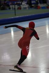 A37W0486 (rieshug 1) Tags: ladies sport skating worldcup groningen isu dames schaatsen speedskating kardinge 1000m eisschnelllauf juniorworldcup knsb sportcentrumkardinge worldcupjunioren kardingeicestadium sportstadiumkardinge