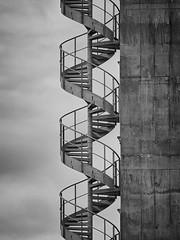 Stairway_To_Heaven.jpg (uwe_b_aus_r) Tags: himmel stairway treppe oben stairwaytoheaven stufen hoch wendeltreppe aufwrts steigen empor stahltreppe aufsteigen