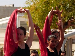 Da de la Danza (60) (calafellvalo) Tags: ballet girl youth dance fiesta child dancers danza folklore calafell tnzer nios tanz sitges baile flamenco garraf tanzen danser alegra roco juventud espectaculo danseurs costadorada calafellvalo rocieras esbarts danzadansabaileflamencoballetarmoniaolddancedancingbailarinas tanzmisik
