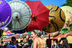 umbrella seller (minus6 (tuan)) Tags: minus6
