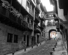 Hondarribia (.Robert. Photography) Tags: robert out calle cut euskadi carrer guipzcoa hondarribia fuenterraba