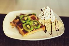 Waffle (Jessica Pimentel) Tags: food strawberry sweet chocolate icecream jelly syrup cocoa kiwi morango waffle chantilly