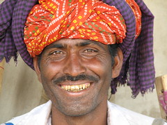 india2008 (gerben more) Tags: portrait india smile teeth moustache turban pushkar rajasthan camelfair indianman india20082