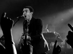 Miles Kane - Black and White (Greg Pemberton) Tags: shadow white black monochrome last liverpool concert sony gig puppets miles kane the oympia tlsp