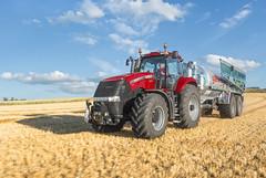 Case IH Magnum 370 CVX with slurry trailer (Case IH Europe) Tags: tractor field farm farming transport case trailer agriculture magnum spraying ih slurry cvx caseih