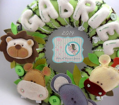Porta Maternidade Gabriel (Artes di Viviane Garcia) Tags: baby gabriel selva safari leo girafa elefante hipopotamo enxoval portamaternidade enfeitedeportamaternidade enxovalmenino portamaternidadesafari