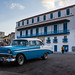 Blue Plymouth car in Cuba, par Franck Vervial
