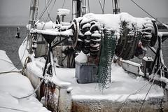 Mid-Coast Winter (Jonmikel & Kat-YSNP) Tags: winter snow harbor boat maine snowing fishingboat select rockland rocklandme