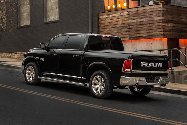 ram 1500 laramie pickuptrucks chicagoautoshow 2015 ram1500 2015ram1500laramielimited