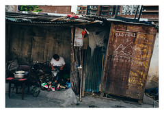 ,  (blake.thornberry) Tags: china canon shanghai 28mm 5d prc   f18 18 cobbler  markiii m35d