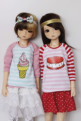 Tigerlou & Nanok. (icantdance) Tags: sweater stripes icecream ironon twiggy msd elfdoll nanok tigerlou icantdance
