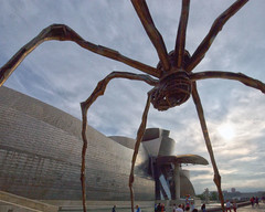 Bourgeois spider at the Bilbao Guggenheim Museum (David Clay Photography) Tags: sculpture spider spain gehry bilbao ama guggenheim bourgeois maman lousie