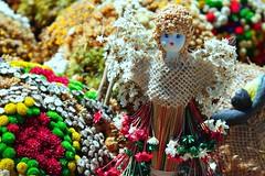 Dia dos Namorados (Jos Argemiro) Tags: bijuterias floressecas bonecas dolls driedflowers flores flowers