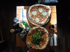 Lunch: Pizza @Olio Sale Pepe (conticium) Tags: berlin schneberg lunch pizza brushetta kleistpark oliosalepepe