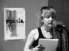 Poetry Reading at the UPF, Ciutadella Campus, Barcelona (heraldeixample) Tags: barcelona espaa woman girl de reading mujer spain poetry chica bcn catalonia poesia catalunya frau noia mdchen catalua dona lectura catalogna espanya poema catalogne upf poemes pompeu university reading poesia poetry pesa albertdelahoz heraldeixample universitat fabra lectura