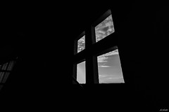 T5i_IMG_2792-1 (A. Neto) Tags: windows sky bw clouds canon eos blackwhite stair shadows 700d t5i canonefs1018isstm canont5i700d