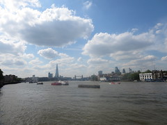 Thames view from Rotherhithe (upriver) at low tide (John Steedman) Tags: uk greatbritain england london thames towerbridge river unitedkingdom stpauls stpaulscathedral shard rotherhithe themse grossbritannien     grandebretagne    thamise walkitalkie