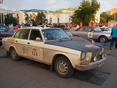 1974 - Volvo 164 (Jasonito) Tags: paris classic car russia rally olympus retro oldtimer motor  omsk challenge peking 6th omd the 2016    em5   parispeking beijingparis   panasonic14140mmf4058 omdem5