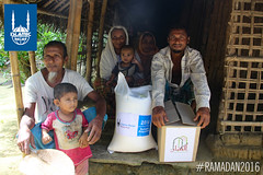 Islamic Relief's Ramadan food distribution in Myanmar