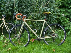 iconX_  20162016-06-1314-08-03 (C_Baltrusch) Tags: olive crossroad crossbones kafue madeofsteel stahlrad veloheld iconx bikespresso