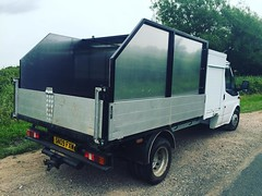 """Well happy with how the chipbox turned out on the transit. Sign writing to go on soon and barn doors on the back 😃 #wardenstreecare <a style=""""margin-left:10px; font-size:0.8em;"""" href=""""http://www.flickr.com/photos/137723818@N08/28133413875/"""" target=""""_blank"""">@flickr</a>"""
