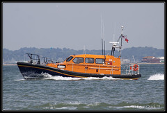 RNLI Shannon class lifeboat (leightonian) Tags: uk rescue island boat ship unitedkingdom isleofwight solent gb isle cowes wight iow rnli